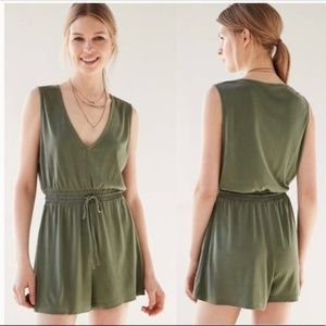 Silence + Noise Tristan V-neck Cupro Romper green